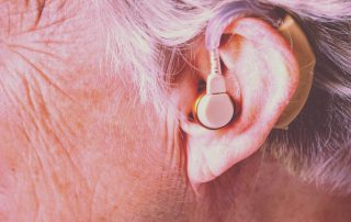 Tale mindre og lytte mere